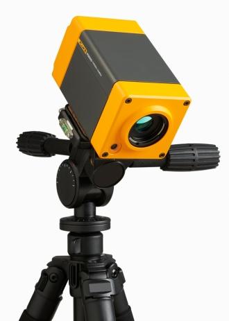 Fluke RSE Series camera tripod mounted
