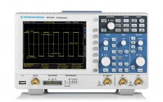 RTC1002 (RTC1000 Series) Oscilloscope - front