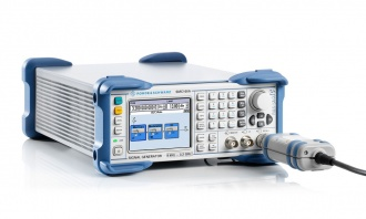 Rohde and Schwarz SMC100A signal generator - with cable